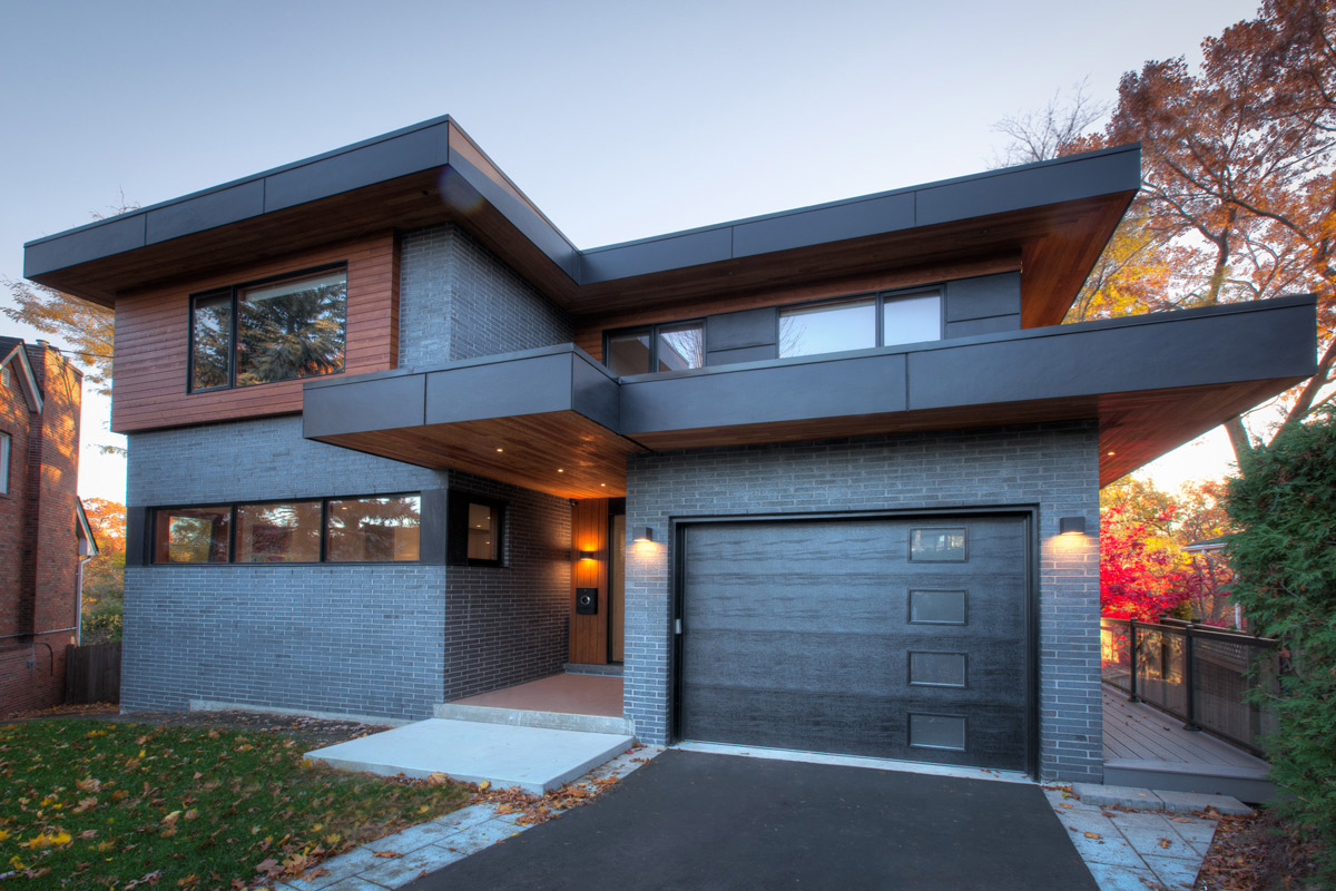Toronto residential architecture on Mimico Creek