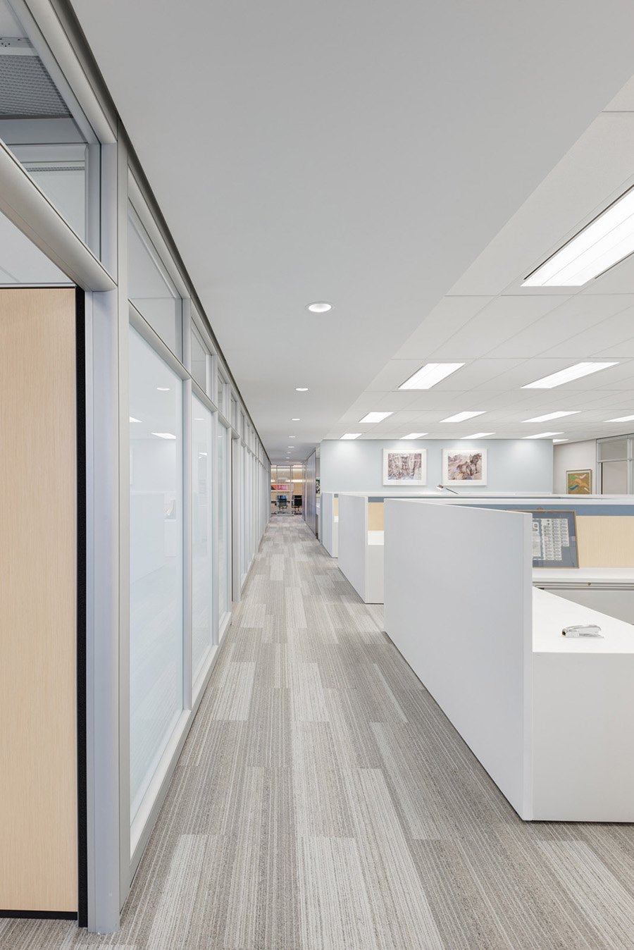 Open concept Toronto office with modern interior