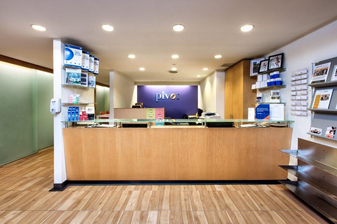 Altius Architecture pivot sports medicine clinic reception